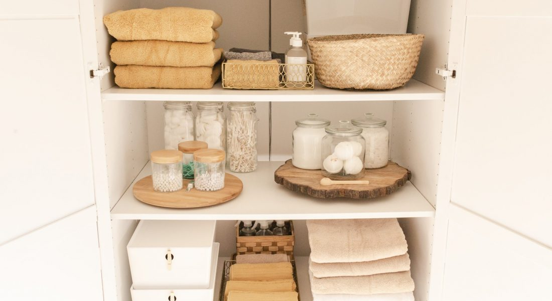 Ikea Hack: Wardrobe Turned Linen Closet