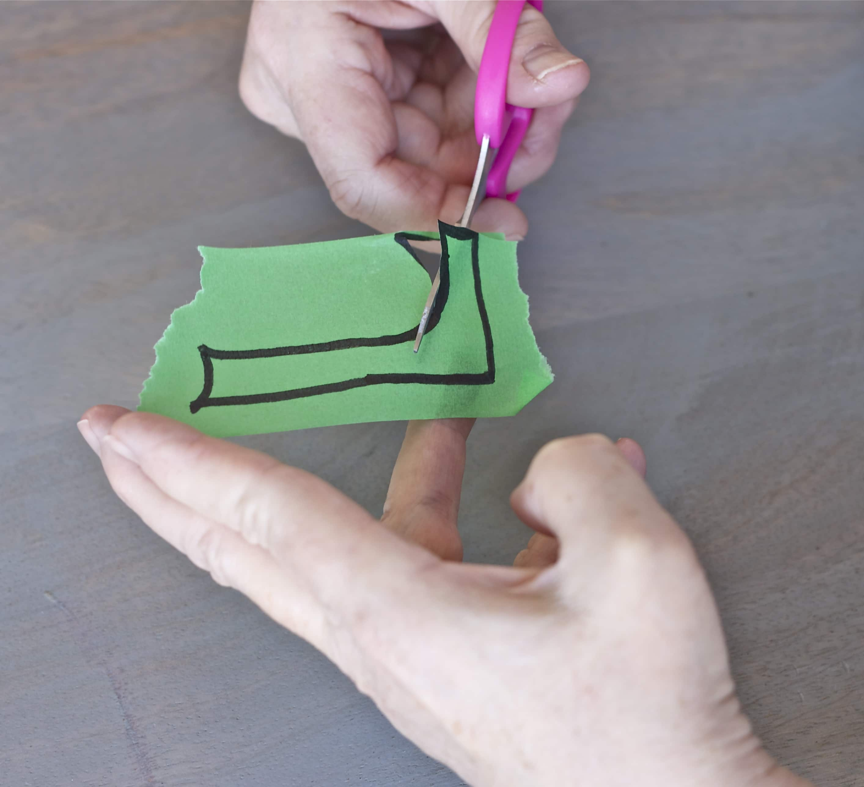 Simple Love Craft for toddlers-3