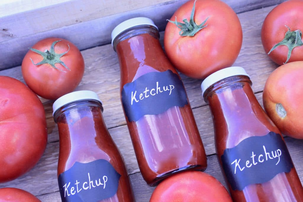 DIY Ketchup (Really Easy)