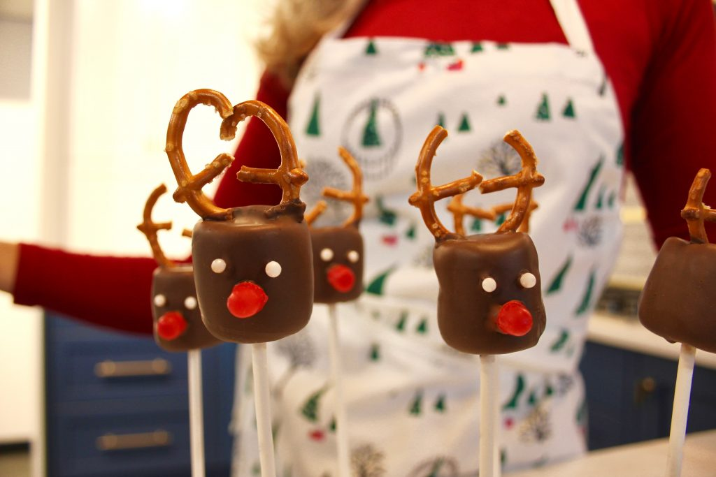 Chocolate Marshmallow Reindeer Pops