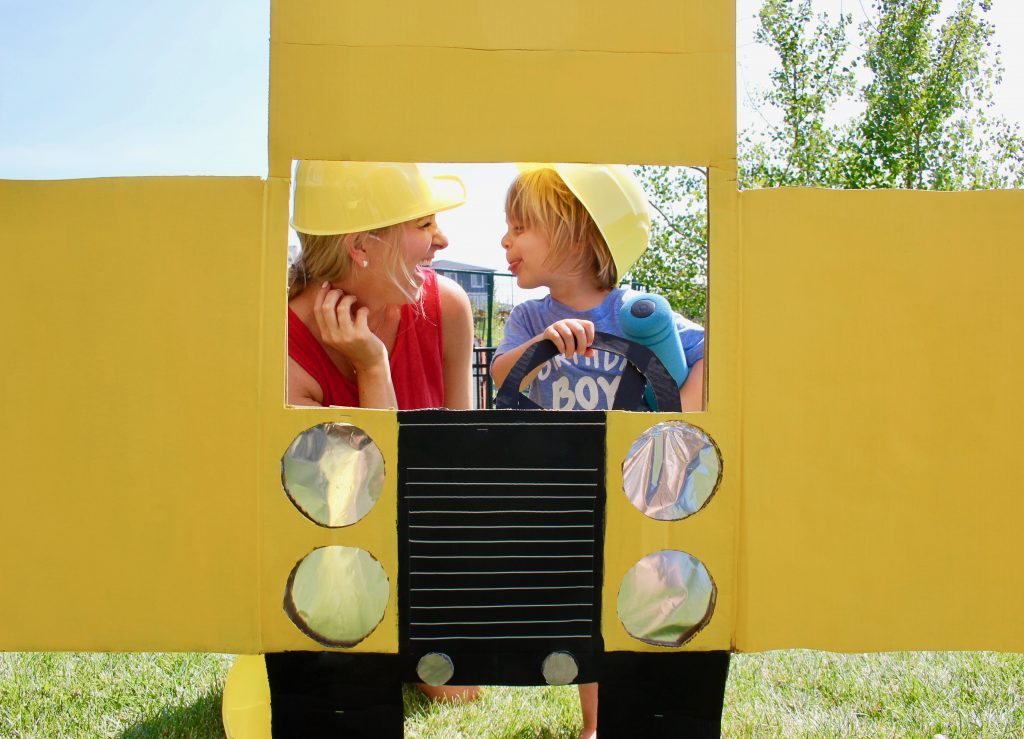 DIY: Dump Truck Photo Booth