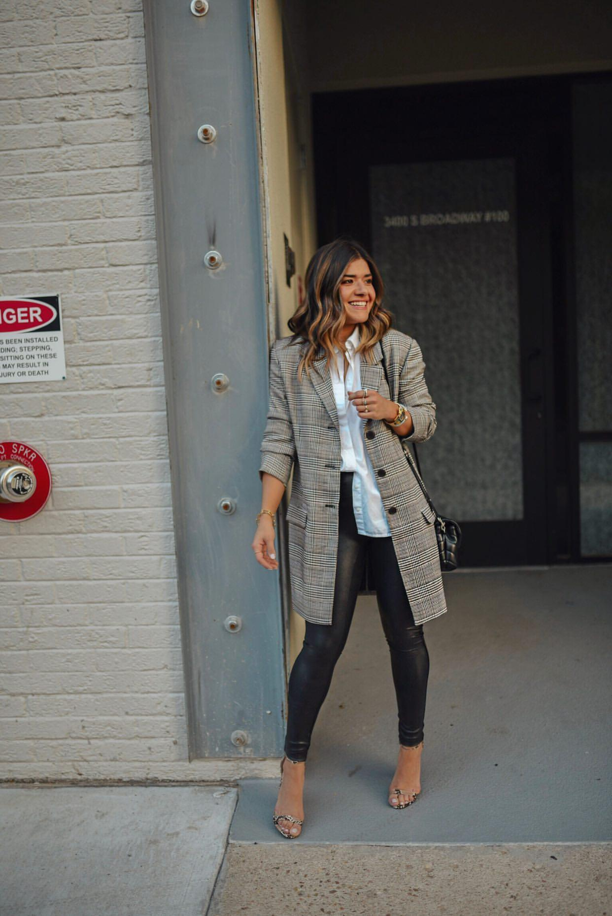 How To Style Spanx Faux Leather Leggings-7