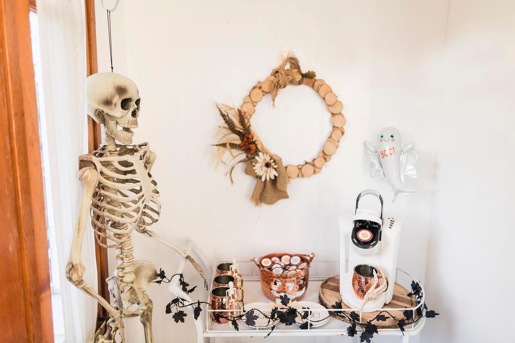 spooky chic Halloween coffee cart-4