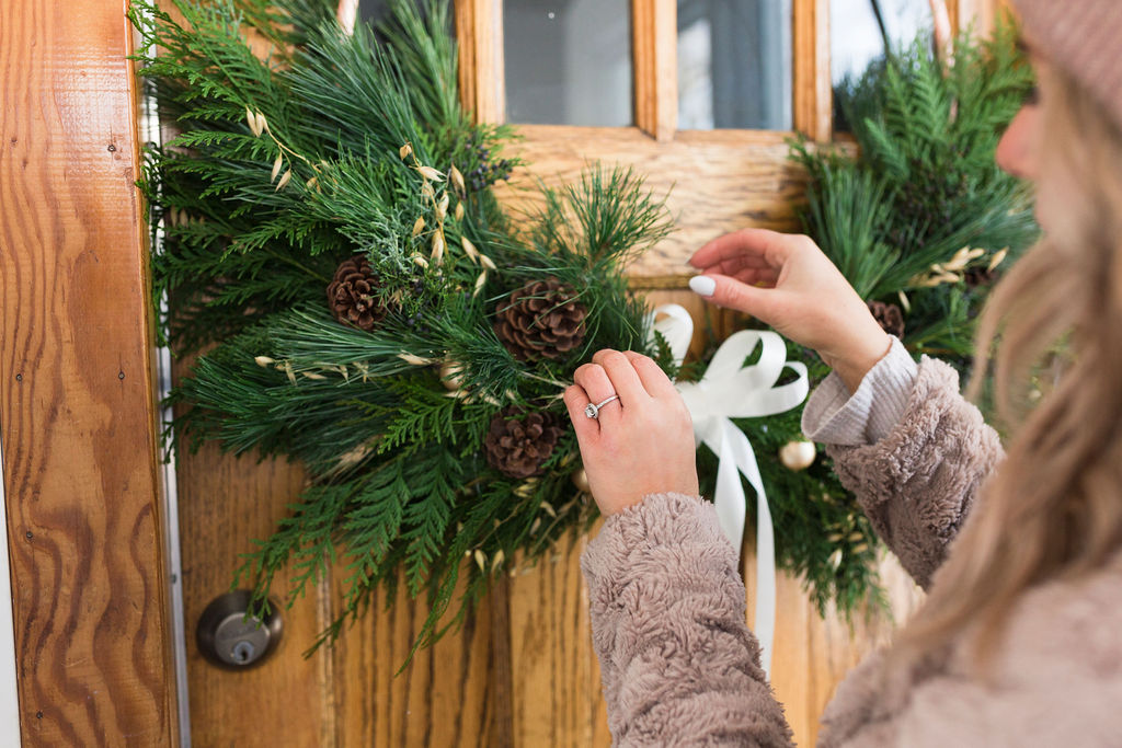How to Keep Your Holiday Wreath Fresh-2