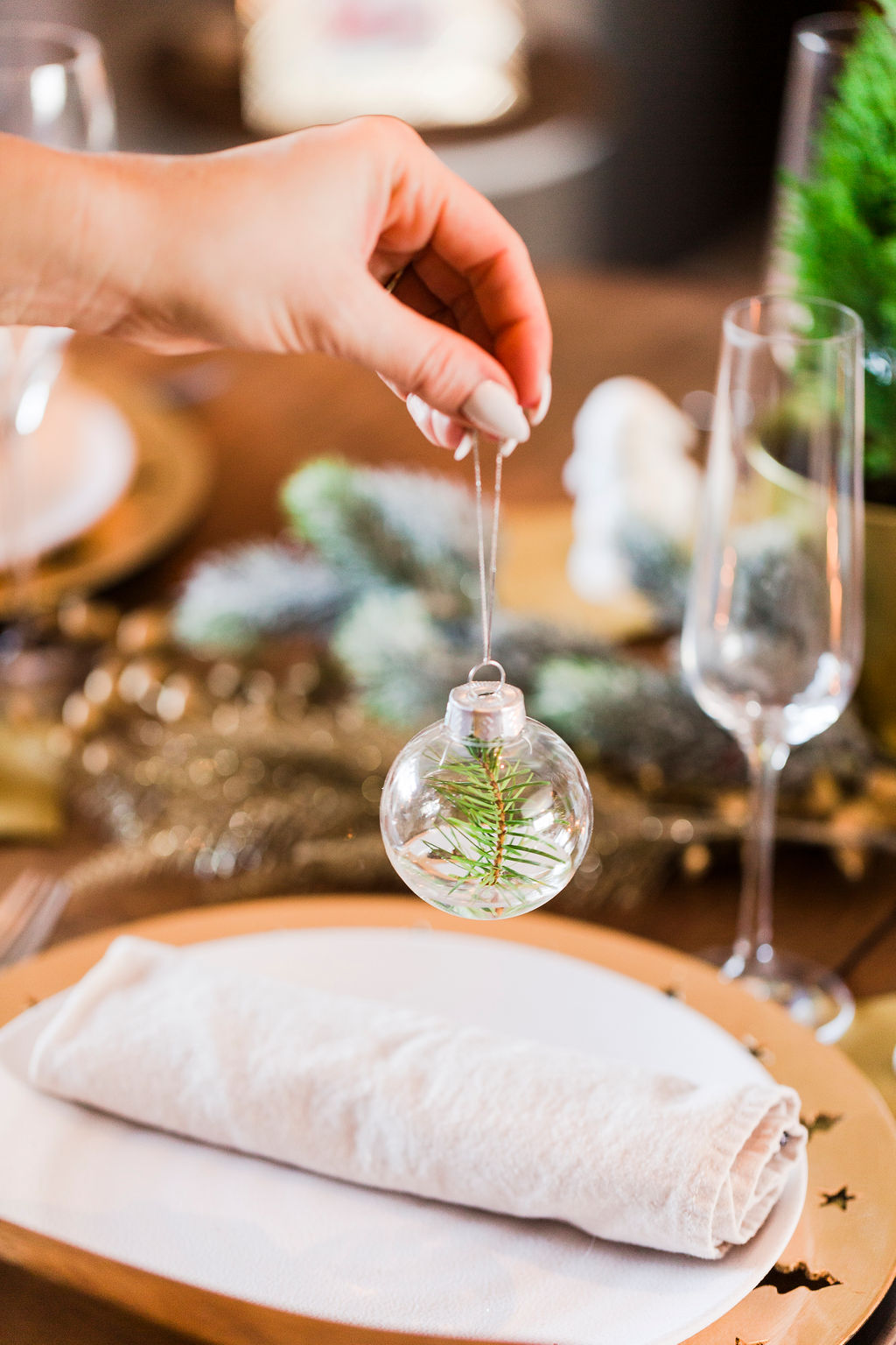 Inexpensive Christmas Tablescape-5