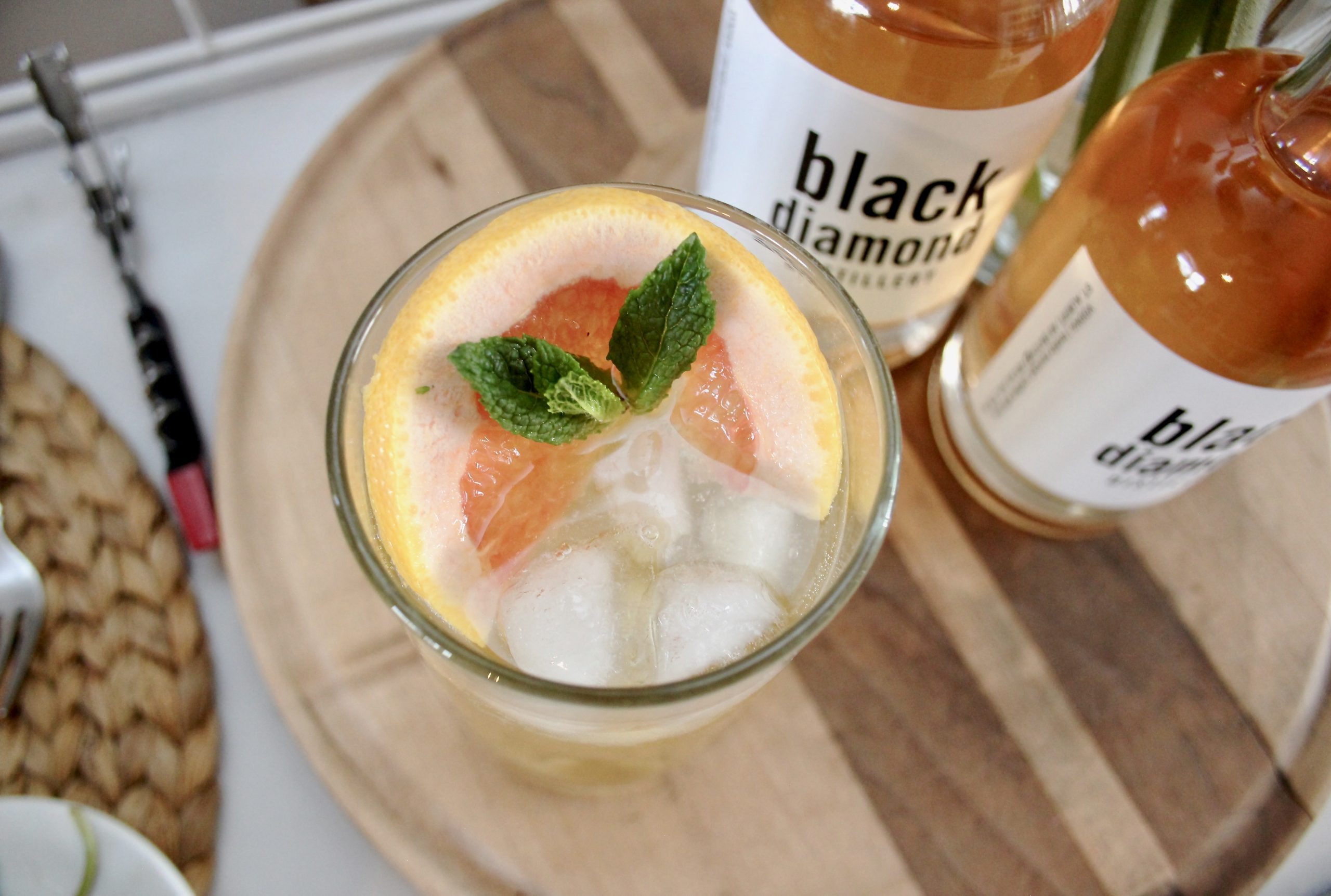 grapefruit kombucha cocktail-1