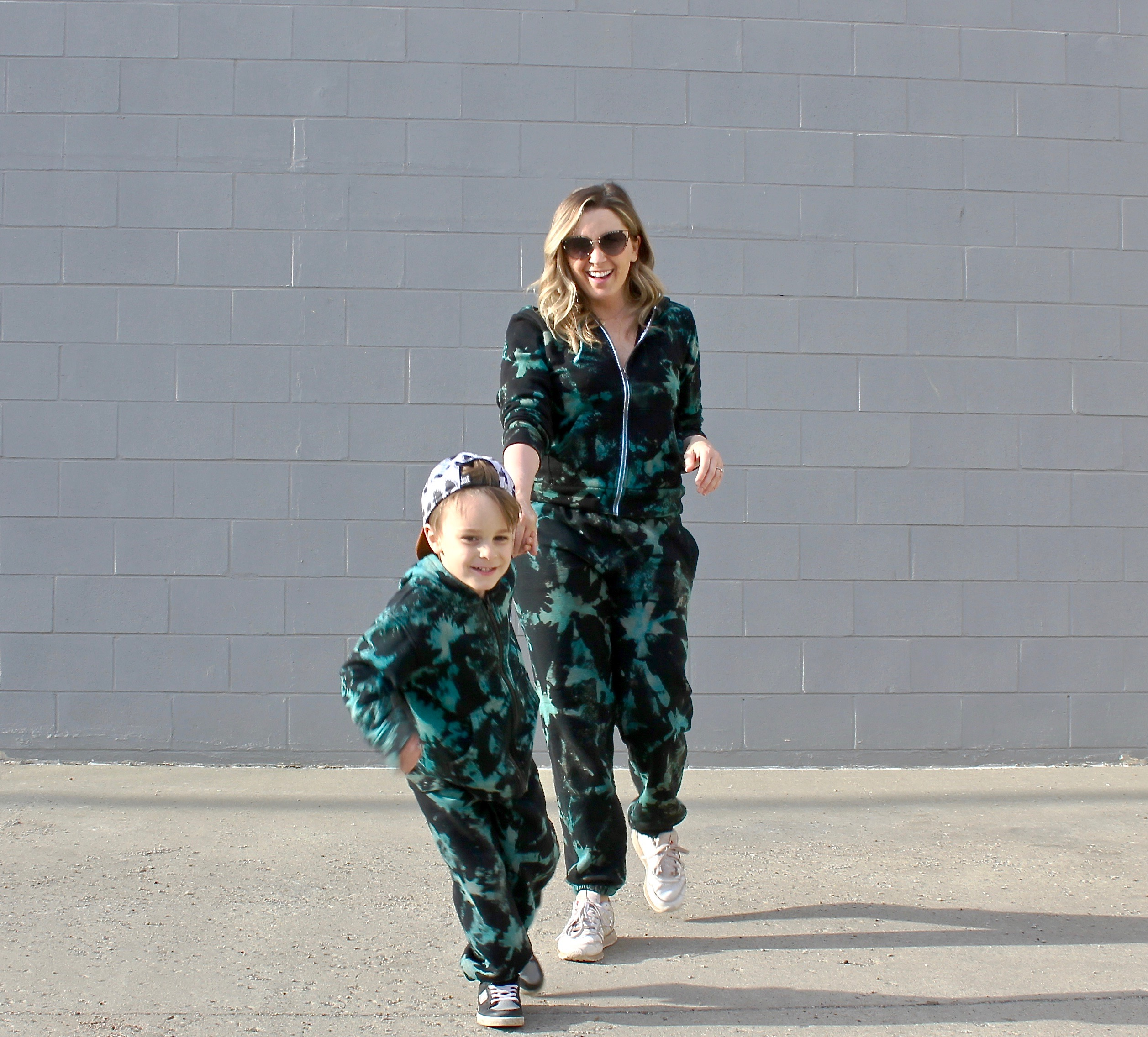 hand painted tie-dye sweatsuits-3