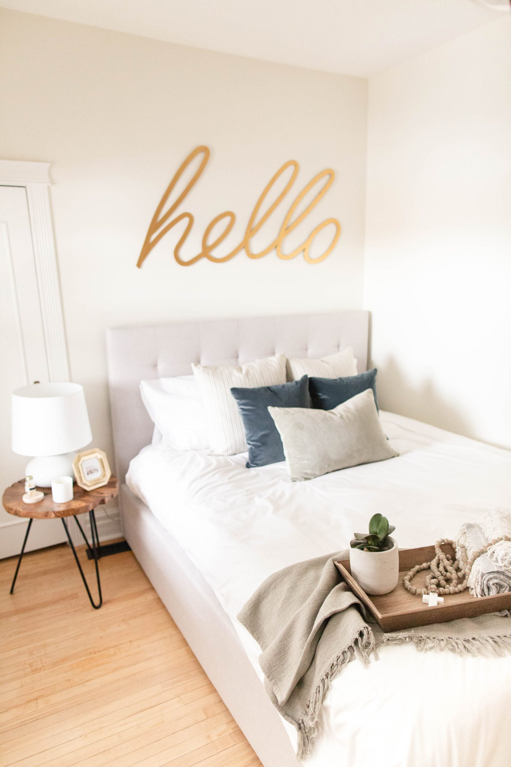 guest room refresh: transitional vintage-11