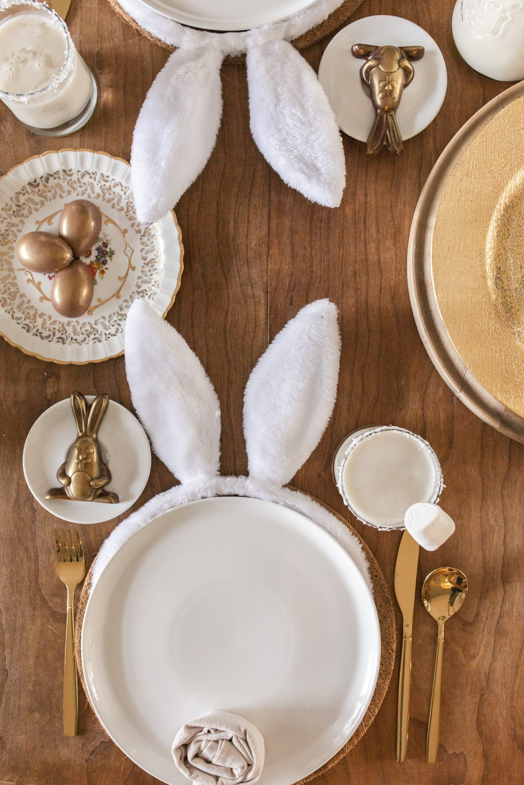 easy cottontail Easter tablescape-2