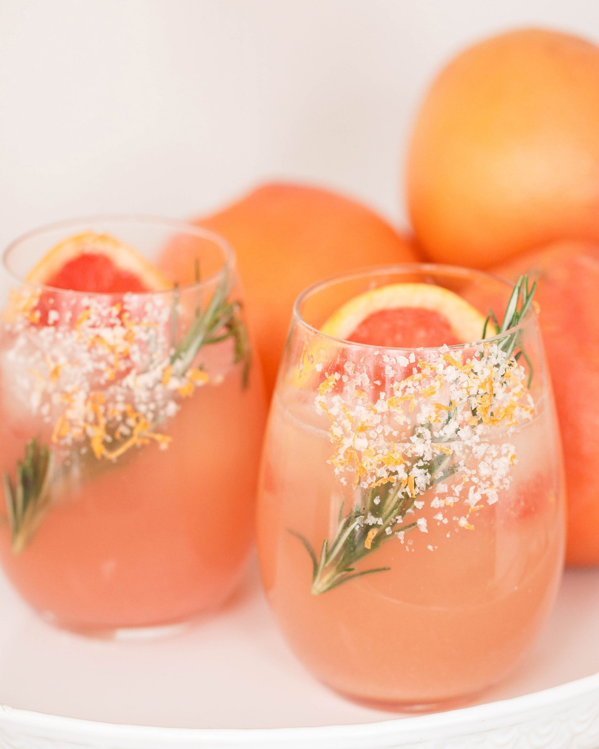 refreshing grapefruit Paloma cocktail-1