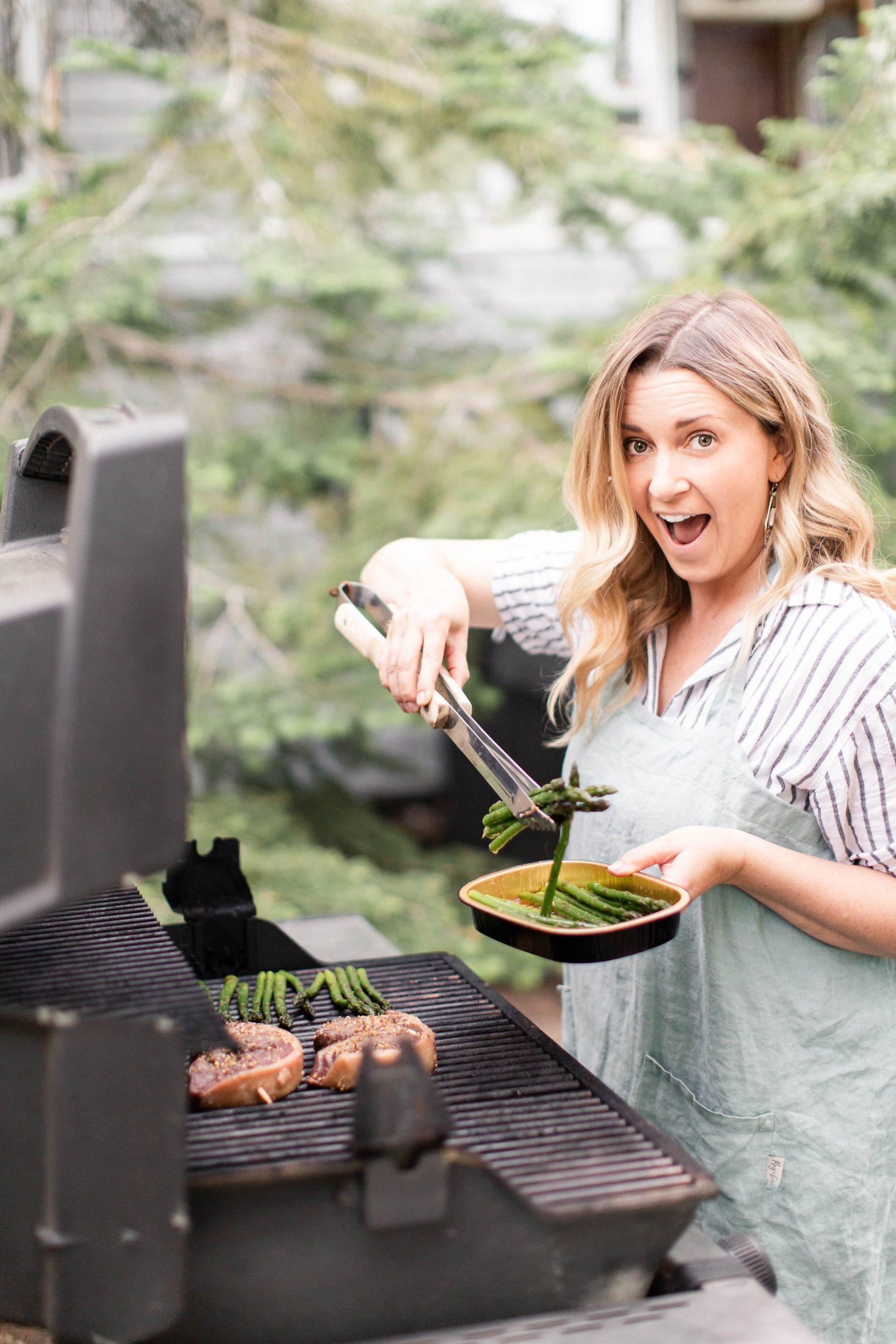 Kari Skelton BBQ'ing asparagus