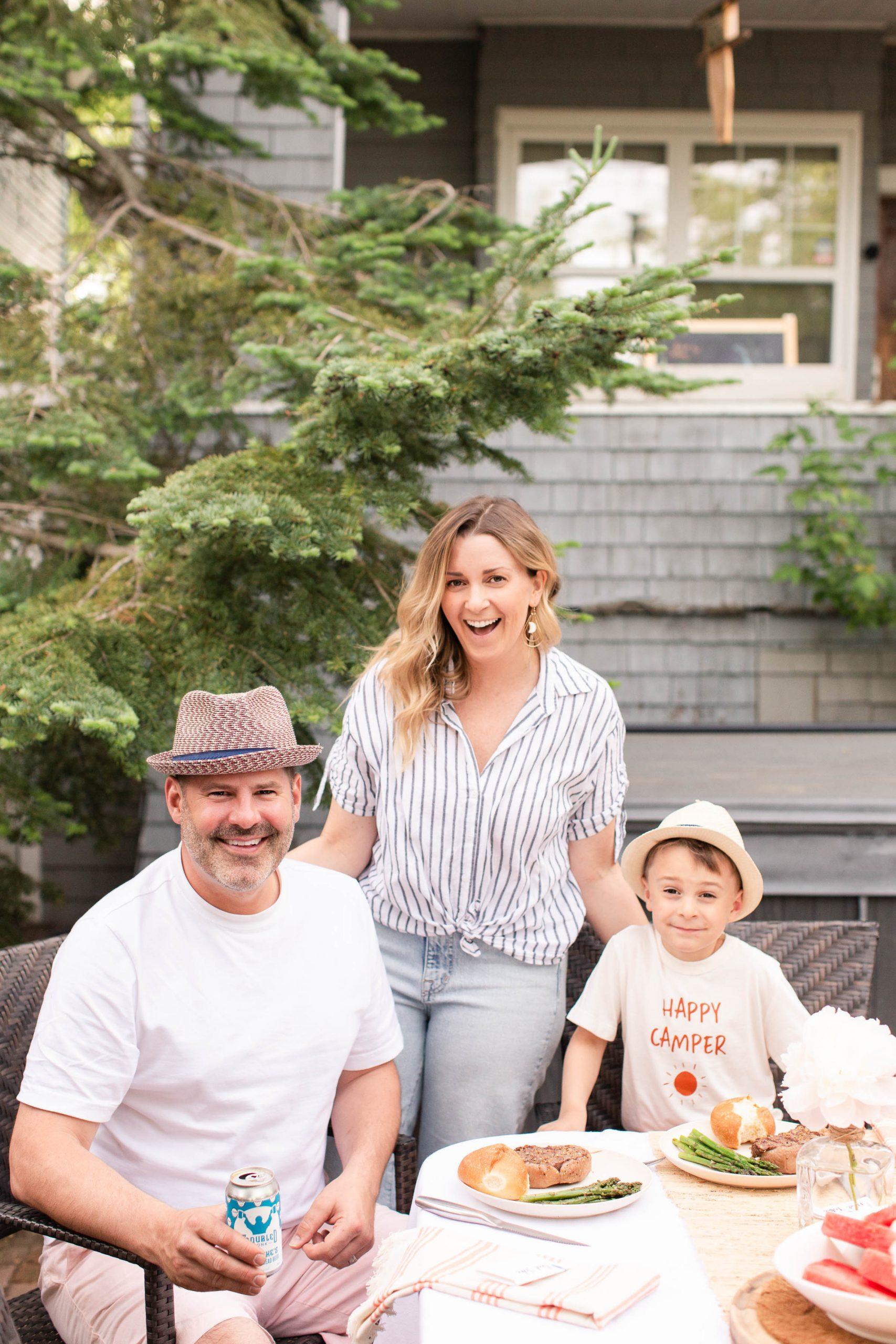 Kari Skelton's family having dinner outside